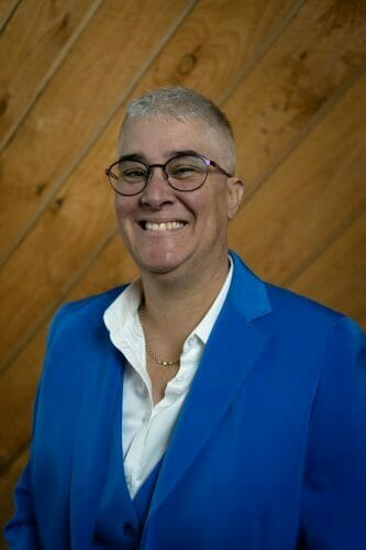 Mel Neil web portrait